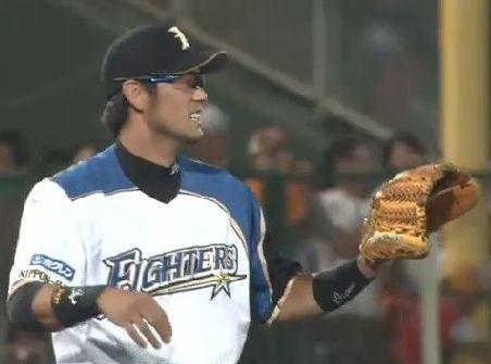 飯山裕志、日本ハムの守備の名手!守備力だけで飯食べてます!