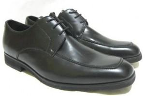 新品の革靴