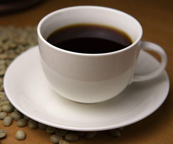 コーヒーに浮く油の原因って?深煎り浅煎り洗浄不足、どーれだ?