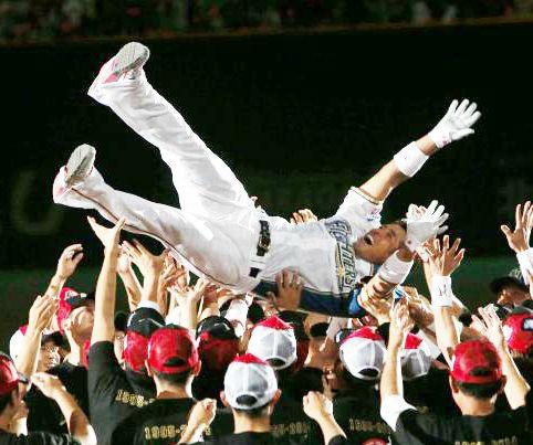 プロ野球選手の引退!日本ハム稲葉篤紀のような幸せな引退は稀!