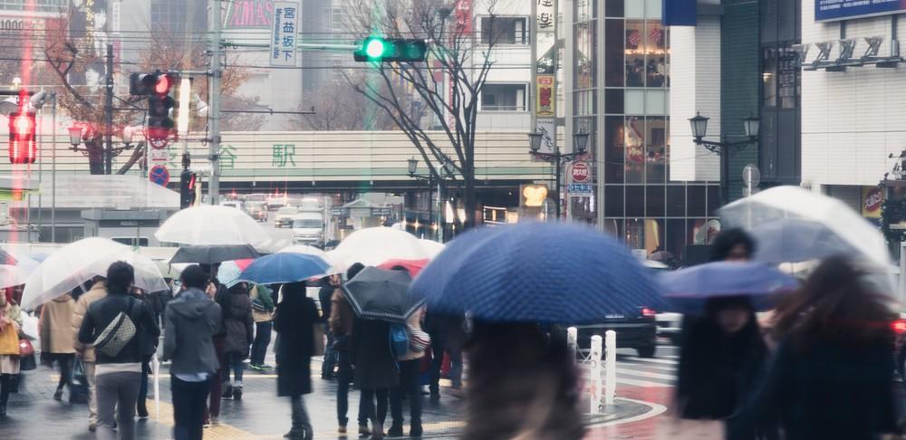 傘の撥水効果を長持ちさせる方法!少しなら復活も可